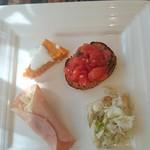 サポリート - ブルスケッタと前菜3種