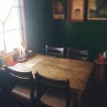 チャントルーズ - テーブル(4席)