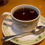 アマポーラ - セットの紅茶