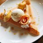 カフェ ド ヴェール - 焼きりんごノクレープ
