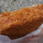 食道楽のカレーぱん - フライドハム
