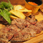 REGALO - ランチ限定!岩手県産岩中豚ロース炭焼き トマトガーリックソース!