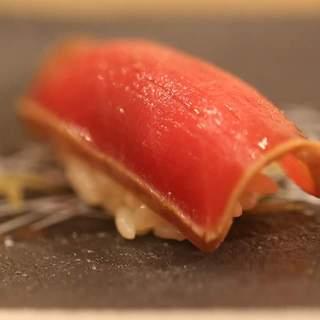 「魚」を「旨」くする=「鮨(すし)」。その為の「熟成」。