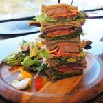 ベーカリーアンドテーブル箱根 - 王様のサンドイッチ 2,980円