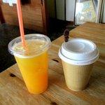 窯焼きパンの店 酪 - 珈琲&オレンジジュース!