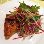 ブラッセリー マセナ - 前菜 プロバンス風キッシュとサラダ