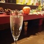 58006604 - 八鹿特別純米(緑)グラス490円