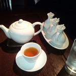 58012264 - 烏龍茶も抜かり無く美味い!