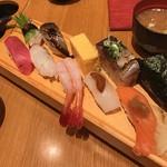 板前寿司 - 選抜にぎりセット