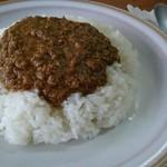 ひろ屋 - 料理写真:ドライカレー 670円