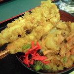 小諸そば - 料理写真:天丼(えび1本サービス期間中)