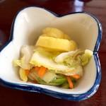 鮨岡 - H28.10.28 小鉢3種「お漬物」