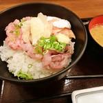 やまけい - 海鮮3種丼!
