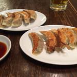 餃子とタンメン 天 - 餃子。2人前。
