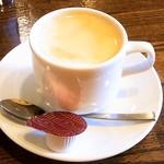 エスパーニャバル・ハポロコ - ホットコーヒーは・・・