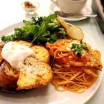サンデーブランチ - パスタとフレンチトーストのセット