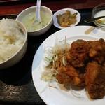 龍記 - 鶏肉の唐揚げ 750円