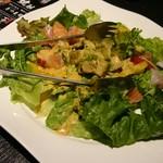 紅音 - アボカドと海鮮のサラダ