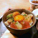 めしの助 - 朝海鮮丼