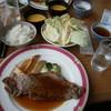 嬬恋高原ゴルフ場 - 料理写真:豪牛ステーキ定食(H.28.10)