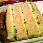 キッチンガーデン - 胚芽たっぷりのパンを使ったサンドイッチ