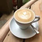 ウイークエンダーズコーヒー - カプチーノ