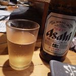 鶏家 六角鶏 - 瓶ビール[500円]