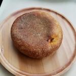 パン コリス - 「ひよこ豆のカレーパン」180円税抜