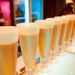 フリーズ六本木 - ビールはアサヒ スーパードライ