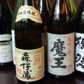 日本酒・焼酎多数取り揃えております