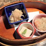 海遊山楽 ゆう - えのき煮、ゴマ豆腐、卯の花