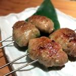 貝と魚と炉ばたのバンビ - アボカド肉巻き¥250
