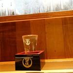 水辺座 - 2016年9月 南方純米吟醸無濾過生原酒【700円】客にラベル見えるように入れてほしいです…(´Д`)