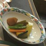 おか - ヴィーガンの友人に出してくださった野菜の煮物、冬瓜は初めてだそうです。
