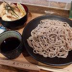 東京バッソ - 十割そば・田舎・大盛 とり天丼セット(740円)