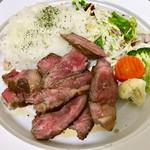 赤坂七丁目カフェ - 贅沢和牛サーロインプレート