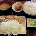 めんこいな - 唐揚げ定食 ご飯大盛り670円(税込)