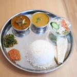 58117870 - ダルバトーセット Dal Bhat Set¥950