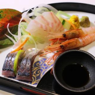 瀬戸内海の新鮮な魚介が堪能できる「まる山」