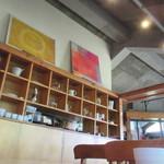 カフェ・ラグラス - 店内