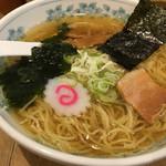 しお丸 - 塩らーめん(690円)