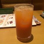 サイゼリヤ - ミニッツメイド 野菜と果実の健康レシピ。       セットドリンクバーは税込190円。       うまし。