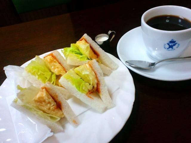 エビアンコーヒー - ◆終日オーダーOK◆(3種)サンドセット¥500(珈琲付き)
