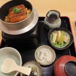 産直鮮魚寿司炉端 源ぺい -