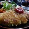 やきかつ太郎 - 料理写真:ロース焼きカツ。檸檬をどかして撮りました。国産豚ロース使用。