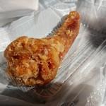 58145579 - 脂身というか、脂をそのままかじっているような気分で独特の風味の「豚のしっぽ」