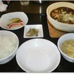 中華食堂 あんじょう - 麻婆豆腐定食 978円