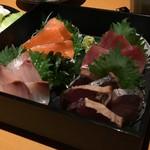 三代目若乃花プロデュース 郡山個室居酒屋 若の台所~こだわり野菜~ - お刺身4種盛り合わせ