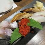 鮮魚菜彩 ゆうや - たい、炙り〆さば、とびっこ、煮あなご