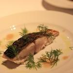 イノウエ グリリア - 2016年10月 鰆のグリル イタリアの魚醤をソースに使っています
